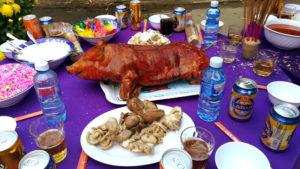 お正月の豚の丸焼き